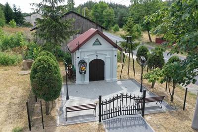 Kapliczka w Podłężu Szlacheckim